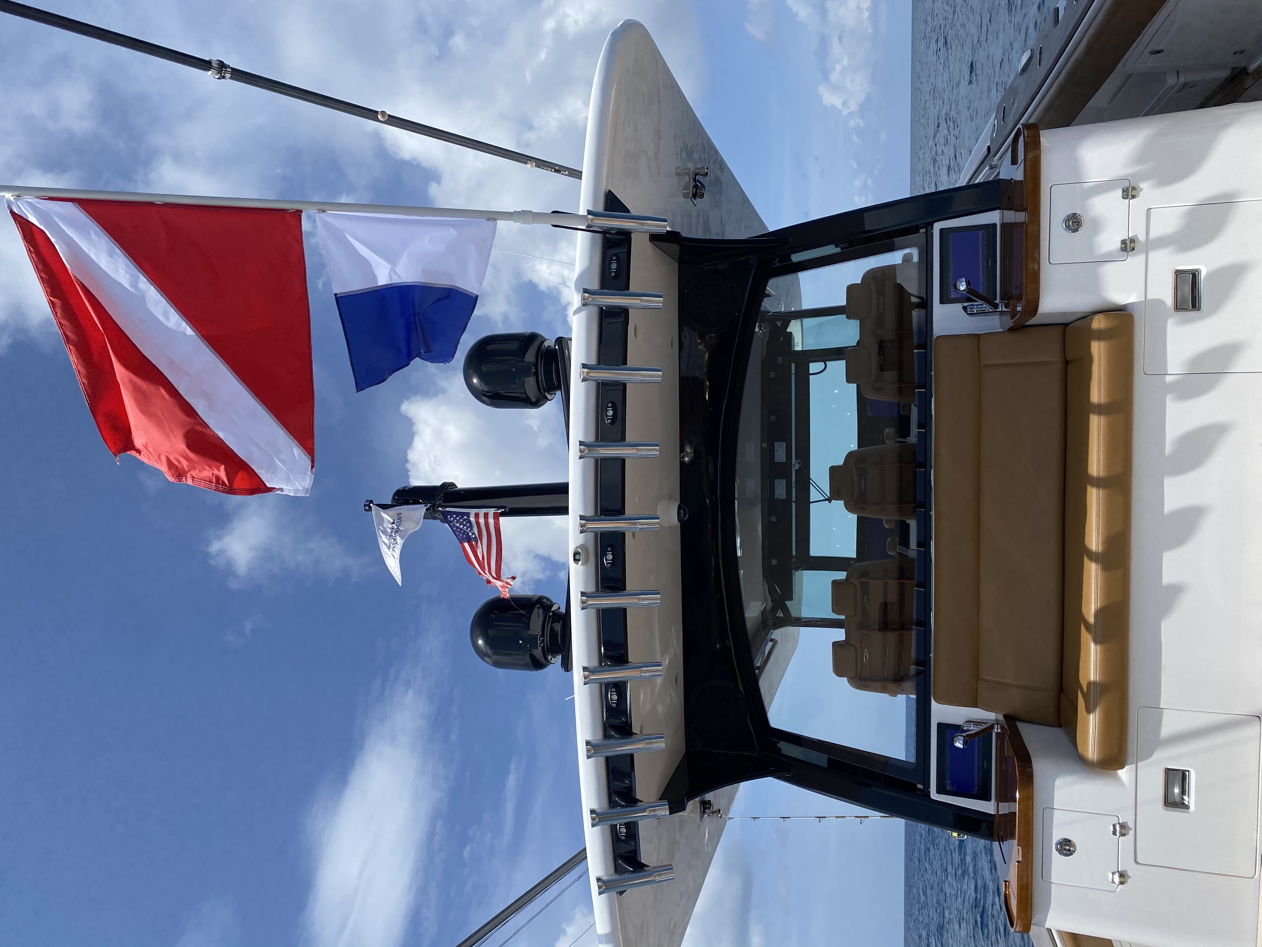 charter yacht rental of dive flags